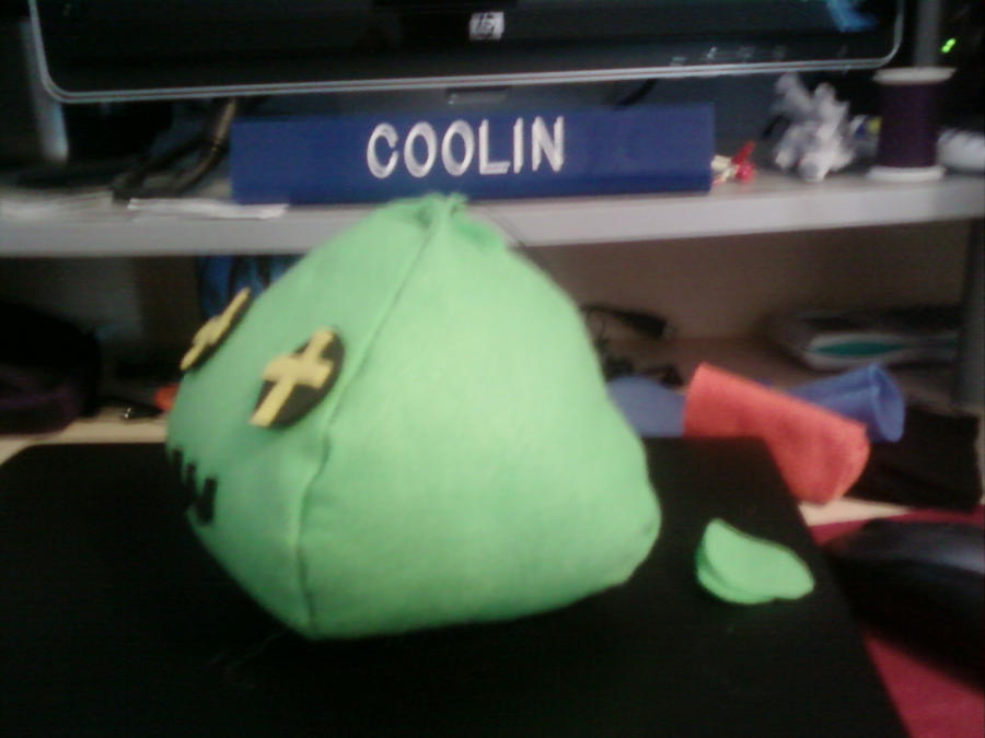 Plushie - Green Slime (Side) by MasterCoolin on deviantART