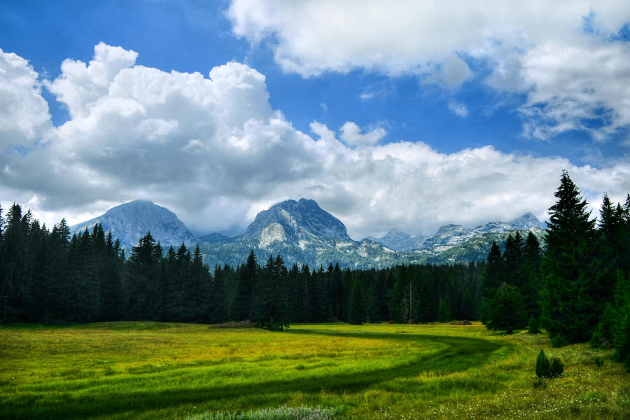 Durmitor Mountain by micecat