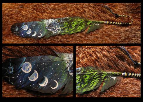Paint on feather: Moon poison