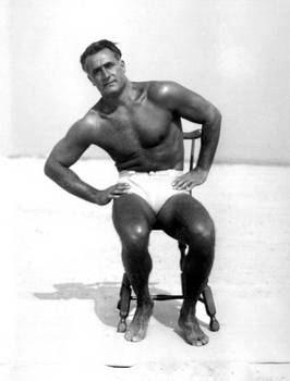 Charles Atlas abs from a chair - Isometrics