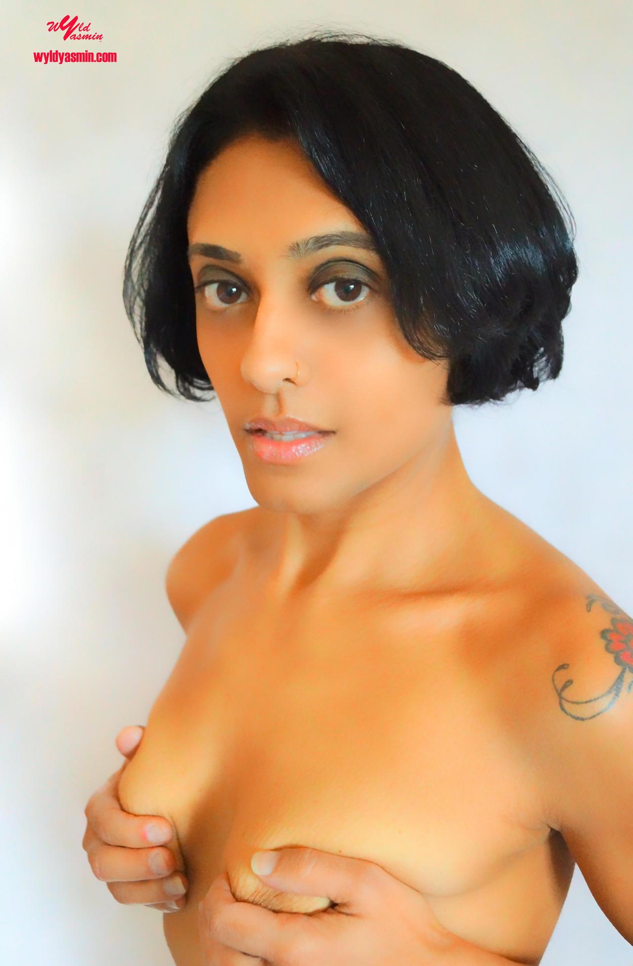 Sensual Zahra Soltanian (Wyld Yasmin)