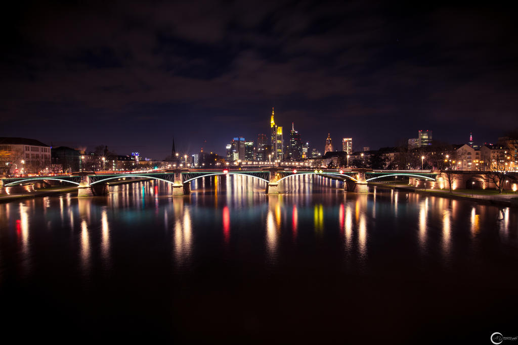 Mainhatten by the-universal-mind