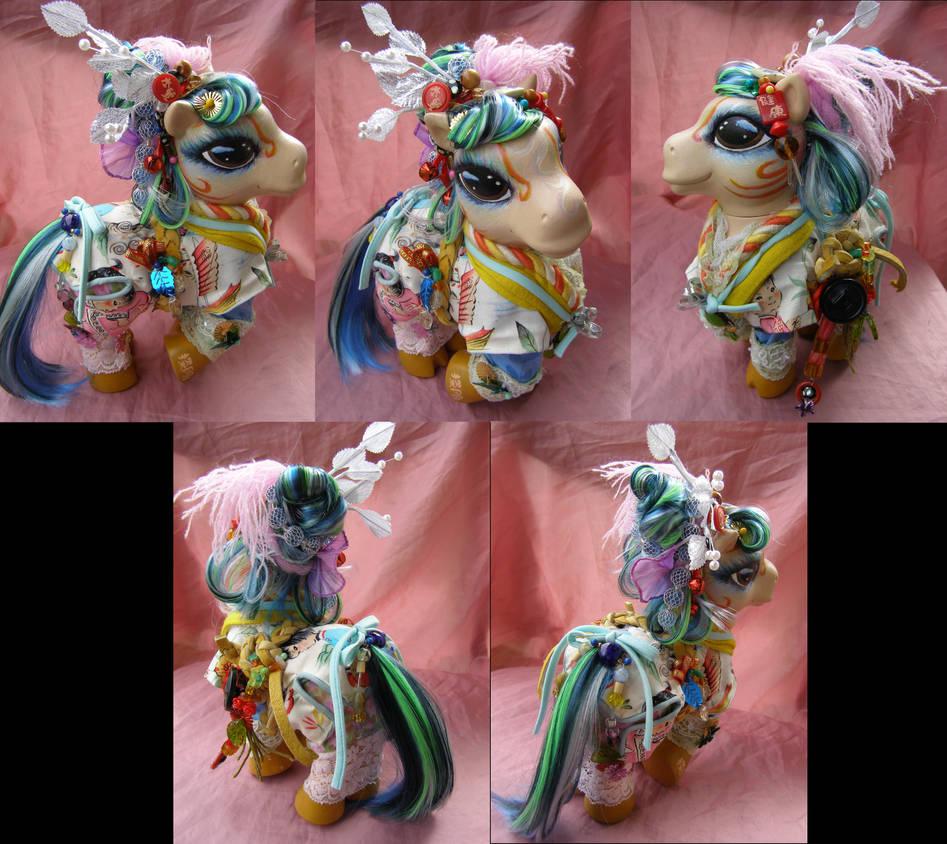 Chinese Doll themed custom pony by LightningMana-Crafts
