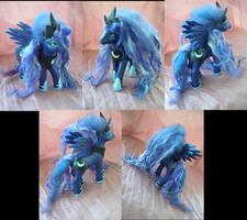 G4-G1 Princess Luna by LightningSilver-Mana