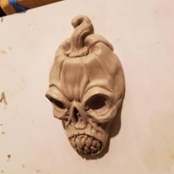 Shrunken pumpkin sculpt