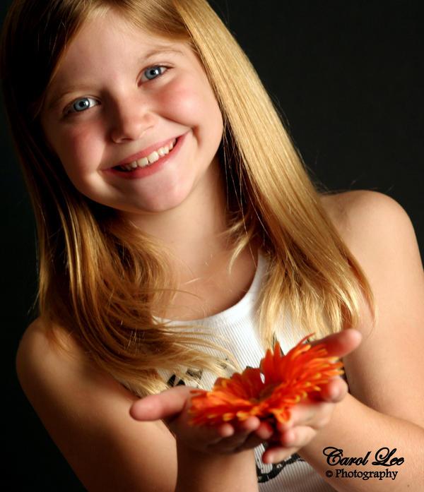 Hannah Orange Flower by firegirl27tx