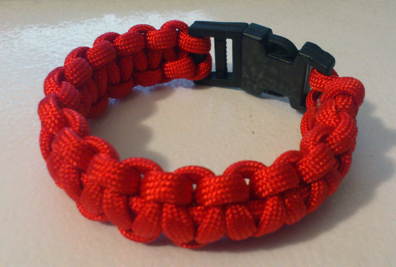 Paracord bracelet by missdwidwi on deviantart for Paracord wallpaper
