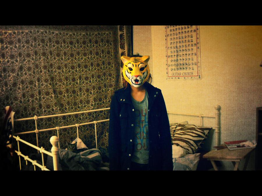 Mask by Kuzeti