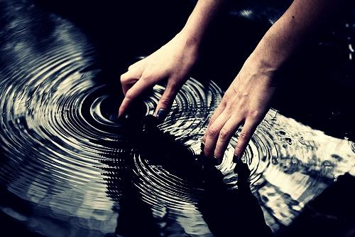 Water Quake by dieliebeausmusik