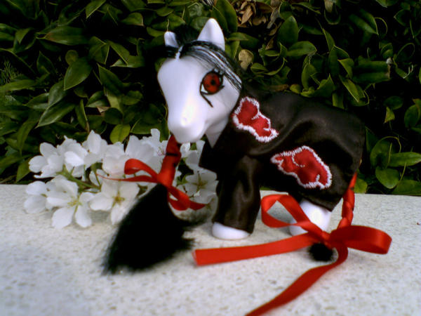 Itachi Pony by lupuscrystalus