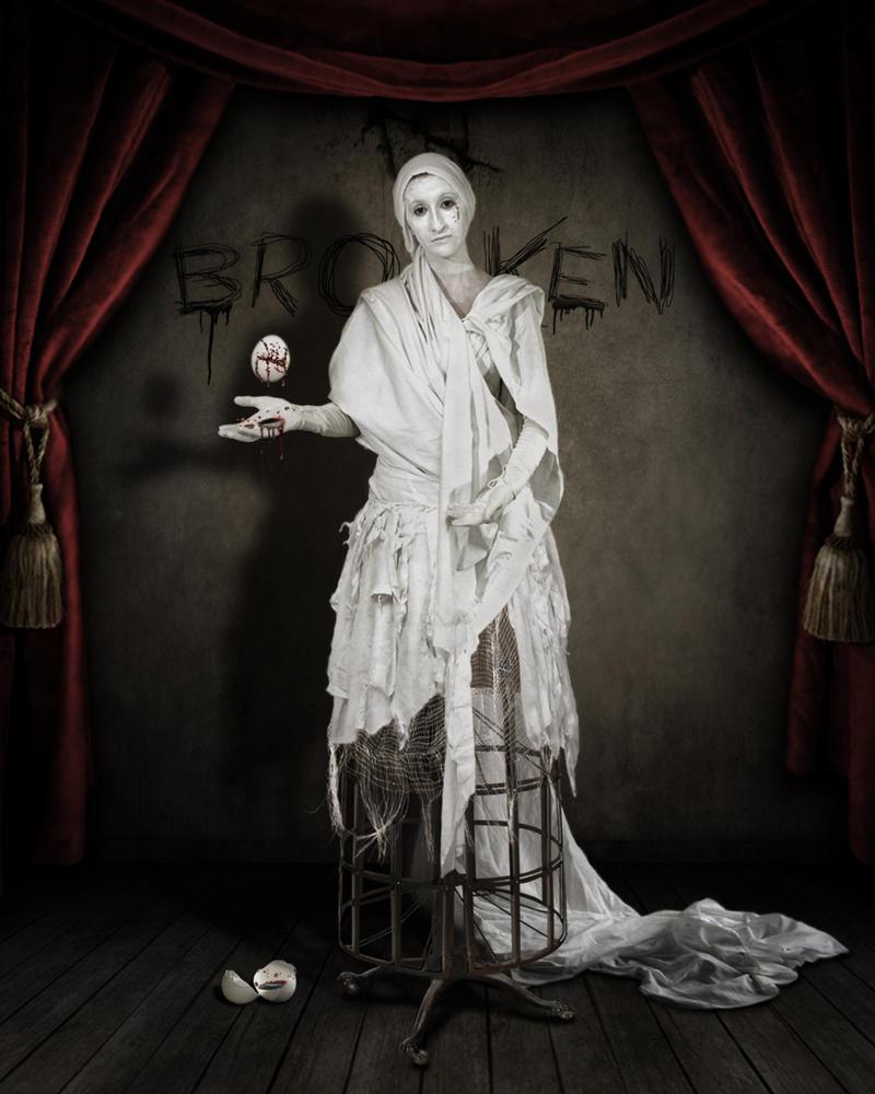 MY BROKEN SOUL.. by chryssalis