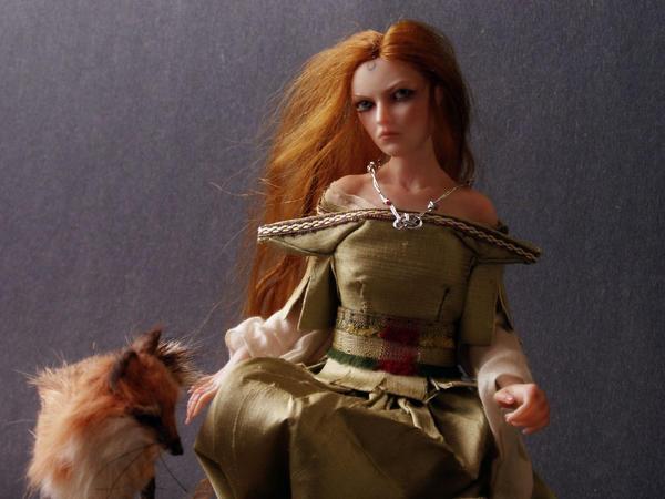 Avalon Priestess by Sleetwealth