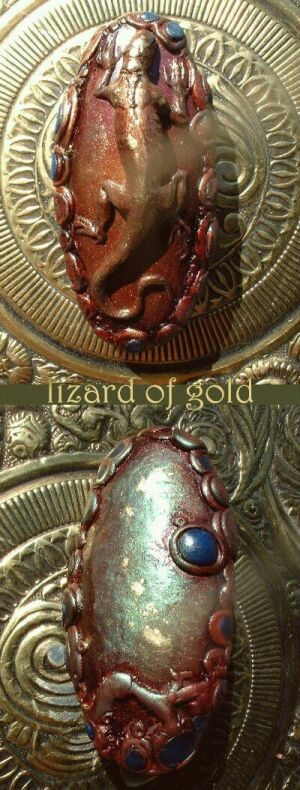 Gold lizard by Sleetwealth