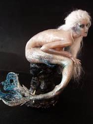 Arctic mermaid by Sleetwealth