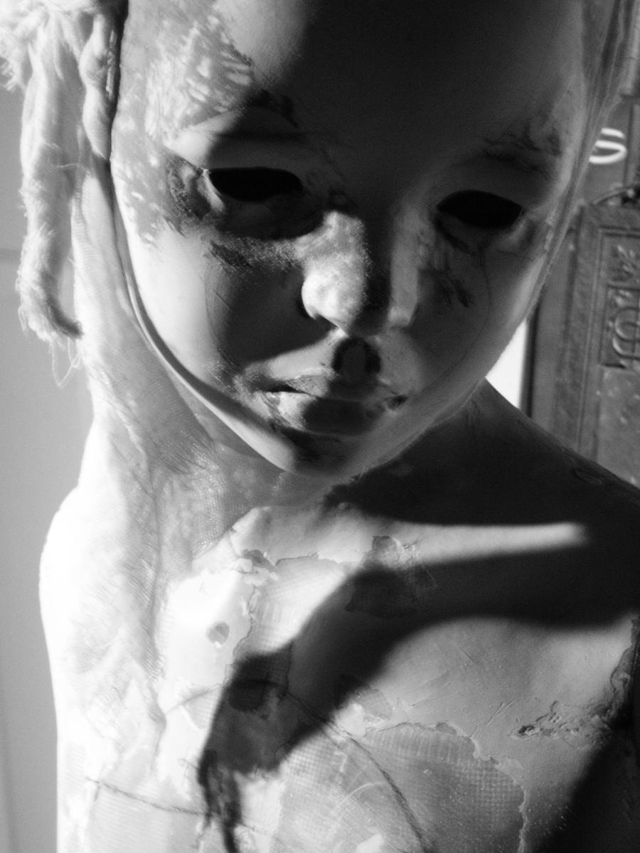 Francine  in shadow by Sleetwealth