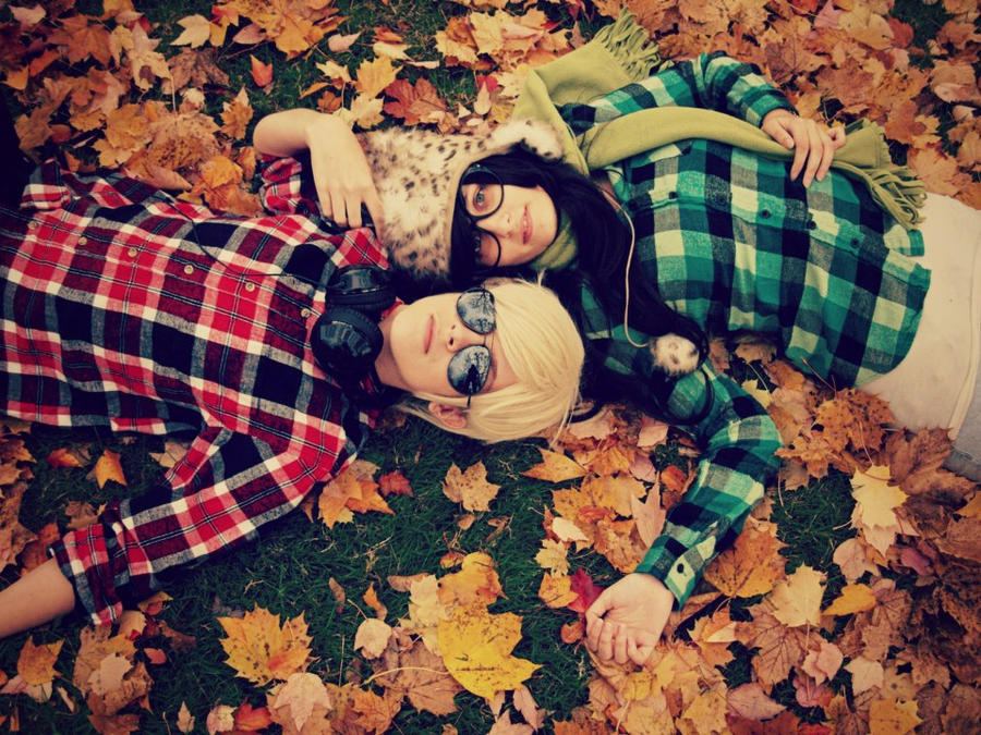 Fall in love amongst the leaves by fuzzykyo