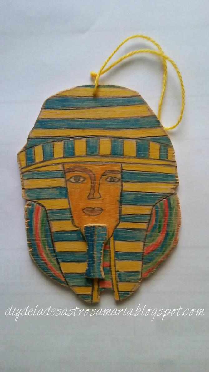 Mascara egipcia diydeladesastrosamaria.blogspot.co by eldesastredemaria