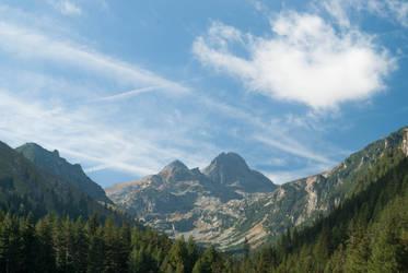 Mountain peaks by TeddyMarkov
