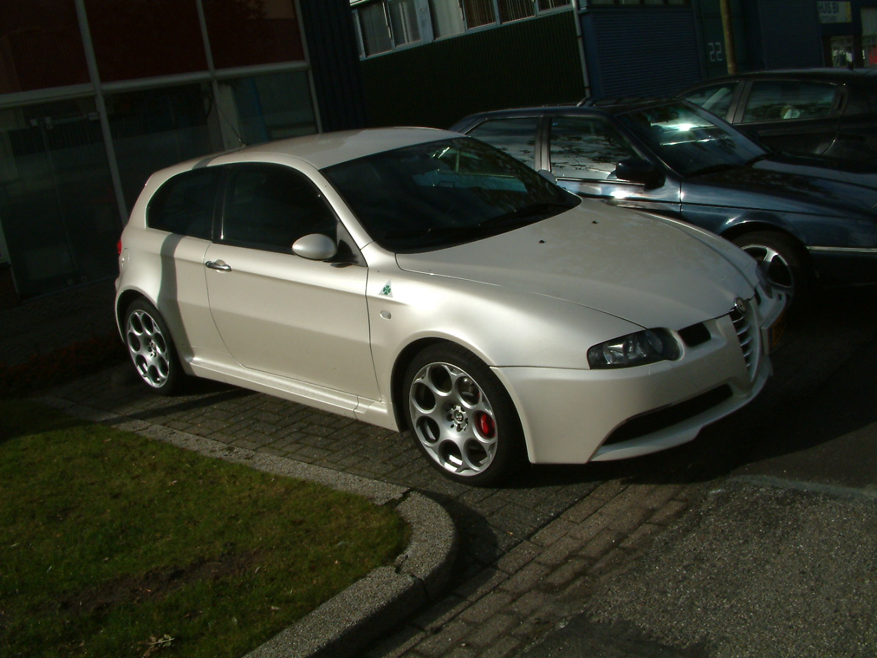 alfa romeo 147 white - photo #21