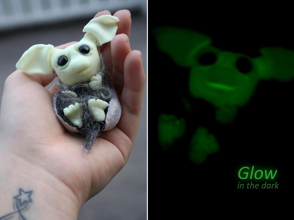 Newborn alien by Catigma
