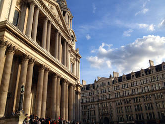 Steps of Saint Paul's by shirosynth
