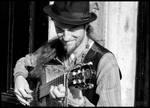Travelling guitarist