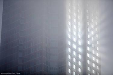 Messeturm Frankfurt (weather phenomenom, detail) by ChristophGerlach