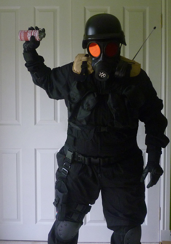 Resident Evil H.U.N.K. by ZombieHunt3r