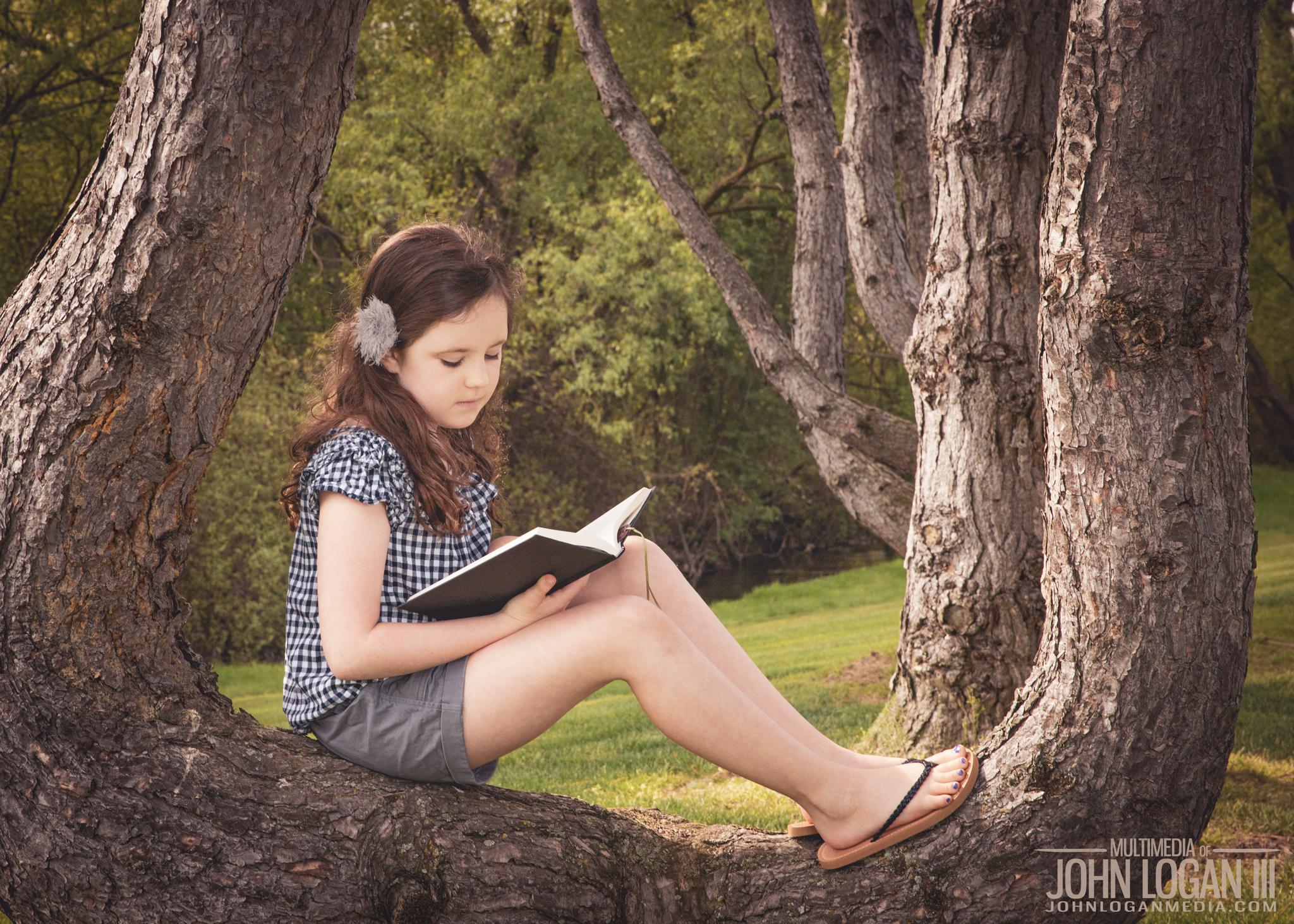 Springtime Book Reading 3