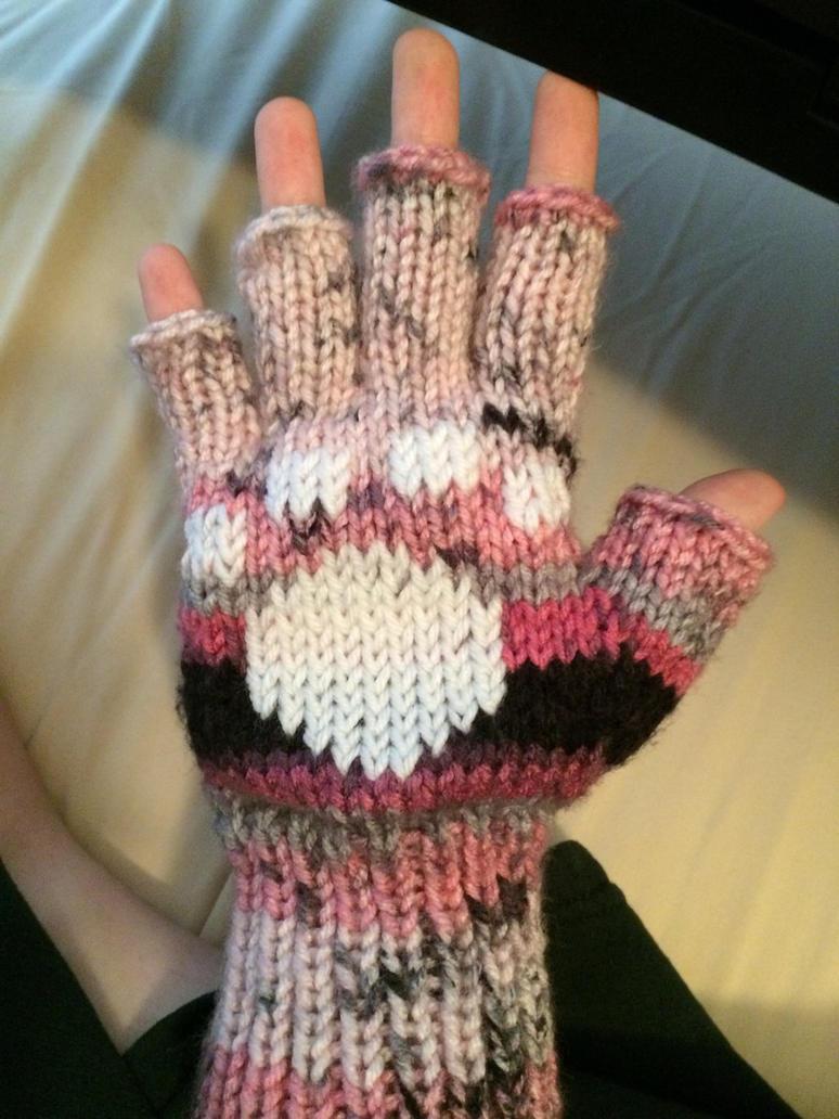 Valentine animal glove by Amnshe-wolf