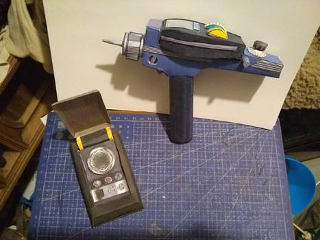 TOS Comunicator  and  Phaser