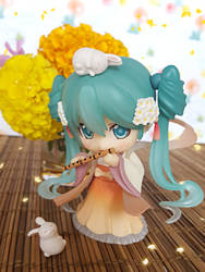 MoonLight Flower Petals Song Hatsune Miku by ng9