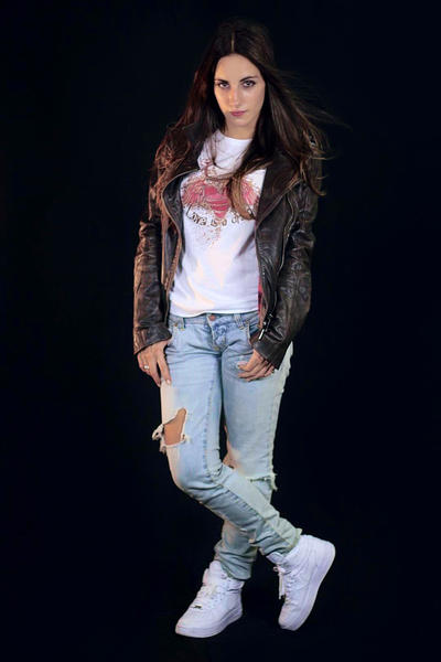 Elliz Clothing Photo Shoot RD