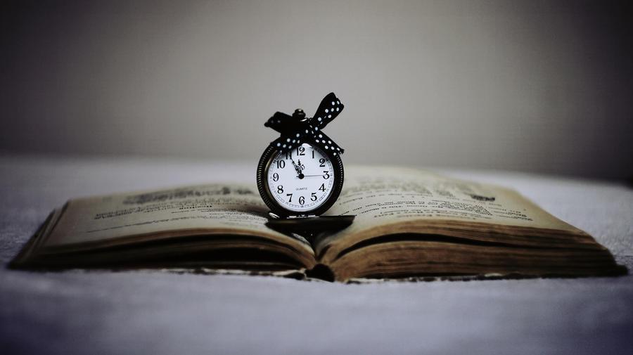 magic time by BlackAndPurple