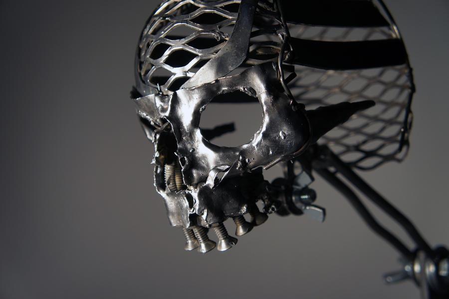Металлический череп своими руками