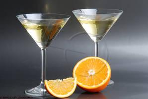 Martini and orange by EnricoZbogar