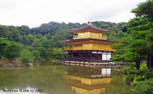 Kinkakuji Golden Temple by Vanillattea