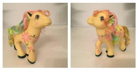 Flora - OOAK Vintage My Little Pony