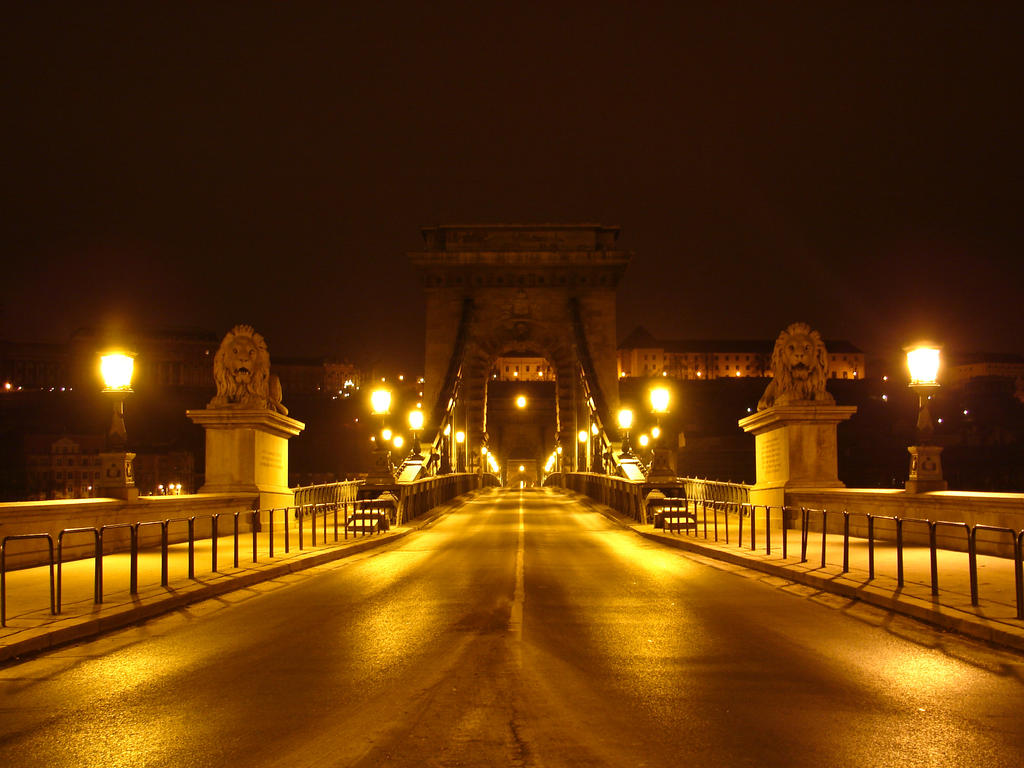 Szechenyi Chain Bridge by Hun82