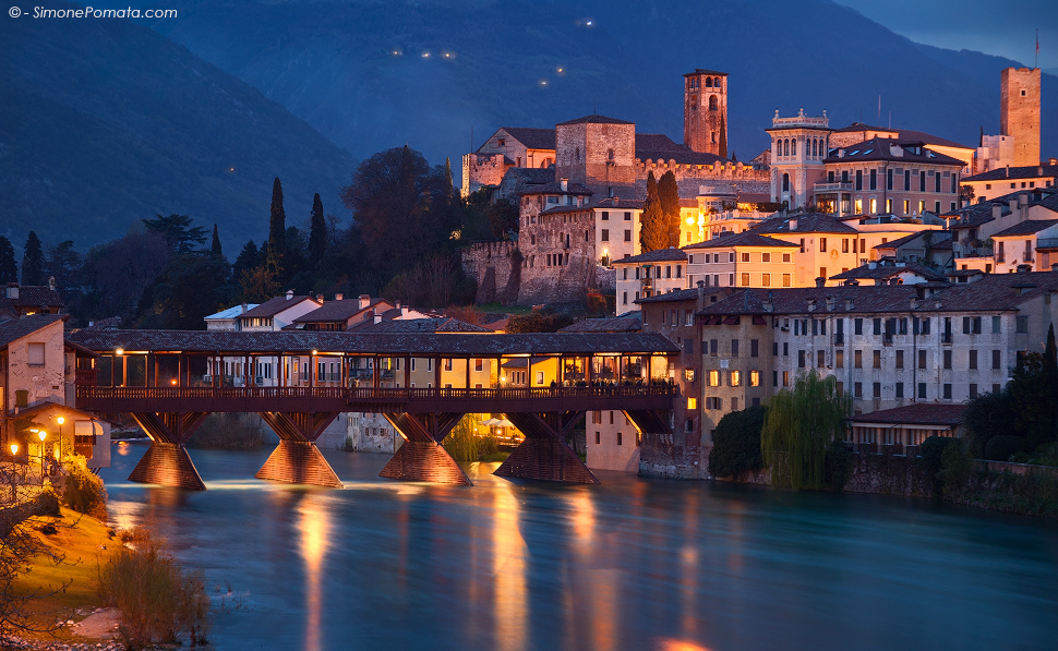 Bassano del grappa bridge by simonepomata on deviantart for Arredamento bassano del grappa