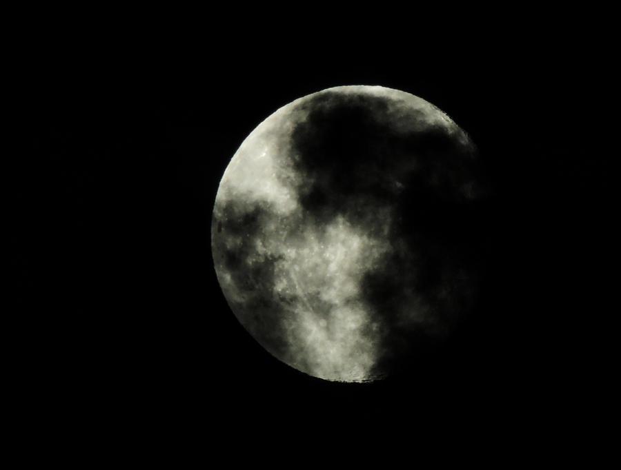Moon 2 by PinkVillain