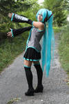 Hatsune Miku cosplay by DubsEmm