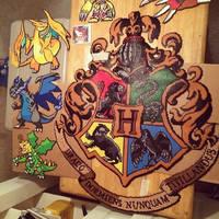 Hogwarts crest by BreezyLykTheWind