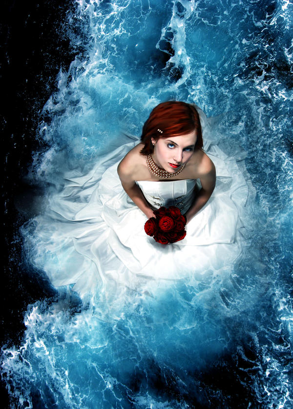 Sea Bride by sinziana