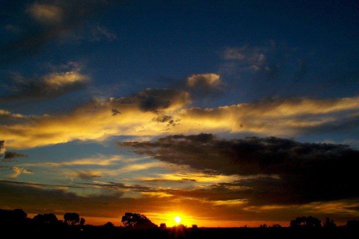 Skyshow by GooeyKablooey