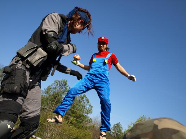 Mario gets Snake by Jackov