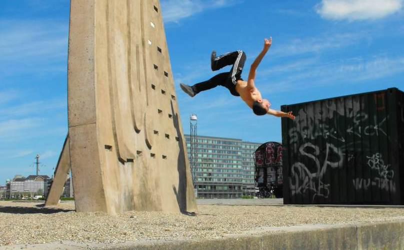 parkour wall flip - photo #7