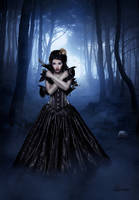 Raven Queen by Laveniia