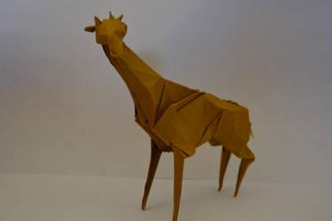 Origami Giraffe (Gen Hagiwara) by Tuftedduck