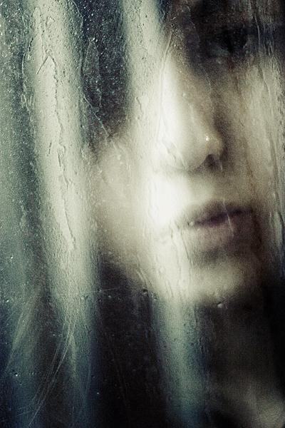 listen to the rain by meyrembulucek